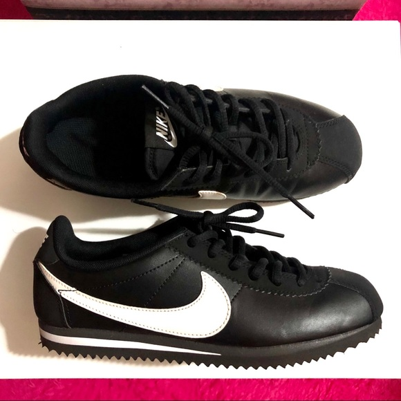 Nike Shoes | Nike Cortez Bw Fits Us6